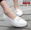 รองเท้าพยาบาล หนังสีขาว รหัสMM027(พรีออเดอร์)