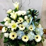 กระเช้าดอกไม้สด รหัส WBA15