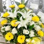 กระเช้าดอกไม้สด รหัส WBA08