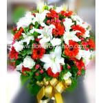 แจกันดอกไม้สด สีแดงขาว รหัส WVA09
