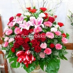 กระเช้าดอกไม้สด รหัส WBA18
